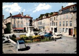 55 - SAINT-MIHIEL - PLACE LIGIER-RICHIER - Saint Mihiel