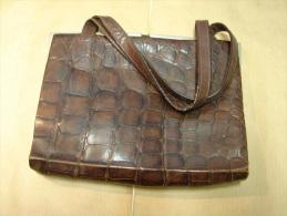 AF. Lot. 199. Ancien Sac En Croco Ou En Serpent - Purses & Bags