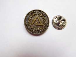 Beau Pin's , Billard , Aeon Cues Coventry England - Billiards