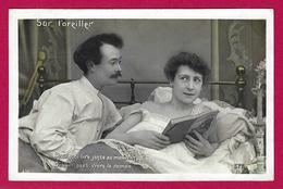Trois Cartes Postales Anciennes - Couple - Sur L'oreiller - Couples