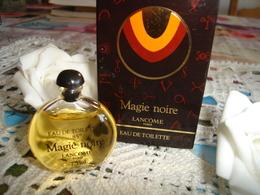 """Miniature Parfum 'magie Noir De Chez"""""""" Lancome """"ancienne """" Sérigraphie Noir 6 Lignes  'bouchon Noir - Miniature Bottles (in Box)"""
