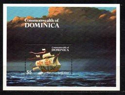 Hb-89 Dominica - Bateaux