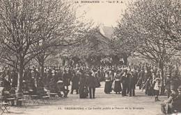 50 - CHERBOURG - Le Jardin Public à L' Heure De La Musique - Cherbourg