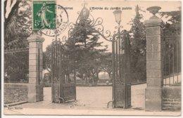 L20H_128 - Fougères - L'Entrée Du Jardin Public - Fougeres