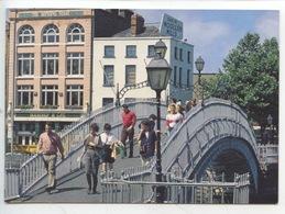 Dublin : The Halfpenny Bridge Spanning The River Liffey (cp Vierge) - Dublin