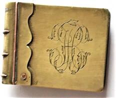 Briquet De Poilu Livre Avec Jolies Initiales - 1914-18