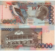 SAINT THOMAS & PRINCE  50'000 Dobras.  P68a  Dated 22.10.1996 (Bird Serie One Security Thread) UNC - Sao Tomé Et Principe