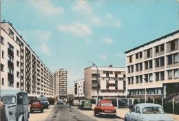 Br - Cpsm Grand Format BONDY (93)- La Cité Et La Clinique Rue Jean Moulin (voitures Dauphine, Panhard, 4L, Tub, 2CV, ... - Bondy