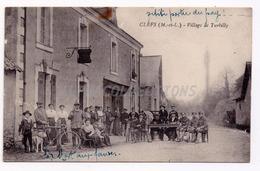 49 - CLEFS : Village De TURBILLY. - France