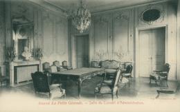 33 BORDEAUX / Journal La Petite Gironde  - Salle Du CA / - Bordeaux