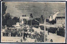 BARCELONNETTE - LE 14 JUILLET - REVUE D'UN BATAILLON DE CHASSEURS ET REMISE DES DECORATIONS - MILITAIRES - BEAU PLAN - Barcelonnette