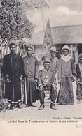 CONGO  Le Chef KUIA De TUMBA Avec Sa Femme Et Ses Ministres - Congo Francese - Altri