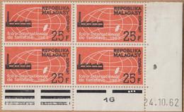 """MADAGASCAR  Neuf   Bloc De 4   Coin Date    Le 24 10 1962    """" Foire Int De Tamatave... 25F """"   YT Num 376 - Madagascar (1960-...)"""