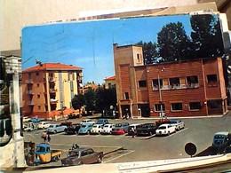 FIORANO MODENESE PIAZZA MENOTTI AUTO CAR ALFA ROMEOSIMCA E APECAR MODENA VB1974 GW4771 PIEGHINA - Modena
