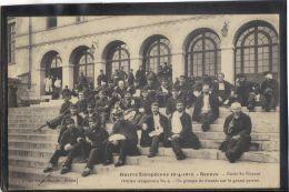 35118. RENNES. ECOLE ST VINCENT. HOPITAL TEMPOTAIRE . GROUPE DE BLESSES (recto/verso) ANIMATION. ANNEE  1916 . MILITARIA - Rennes