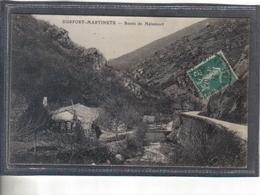 Carte Postale 51. Durfort-Martinets  Route De Malamort   Très Beau Plan - France