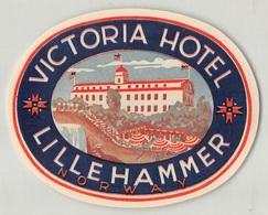 """0234 """"VICTORIA HOTEL - LILLEHAMMER - NORWAY"""" ETICHETTA ORIG. - Adesivi Di Alberghi"""