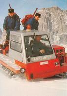 Carabinieri In Attività Di Soccorso In Montagna - Uniformi