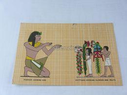 Pharaoh Adoring God Egyptians Offering Flowers And Fruits Egypt - Egitto