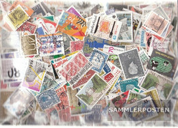 Netherlands 1.000 Different Stamps - Collections