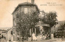 78. CPA. TRIEL. Grand Hotel De La Gare Berthon. Camion Marchand De Vins Buret. 1922. - Triel Sur Seine