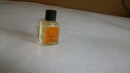"""Miniature De Parfum Le Jardin Retrouvé  """" Cuir De Russie  """" - Miniatures Womens' Fragrances (without Box)"""