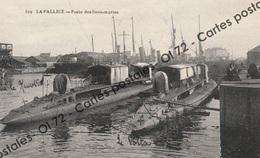 CPA - Bateaux Militaria > La Pallice - Poste Des Sous-marins - Le Volta +le Newton Identifiés Sur La Carte Par Un Marin - Warships