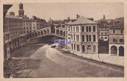 CPSM 9X14  D' ITALIE - VENEZIA - CANAL GRANDE E PONTE Di RIALTO - - Altre Città