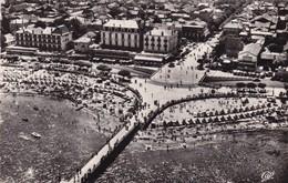 33.  ARCACHON. VUE AÉRIENNE. PLACE THIERS  ANNÉE 1956 - Arcachon