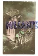 Ange Gardien Et Deux Enfants Endormis Sur Un Rocher. 1914. Photo - Anges
