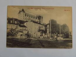 C.P.A. : 64 PAU : Château Et Place De La Monnaie, Café Restaurant De La Monnaie, Animé - Pau