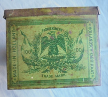Very Rare Empty Tin Can For 100  Sigars C1890 Nederland  Measures Approx. 22 X 11 X 9 Cm GC  (2 Scans ) - Caves à Cigares Vides