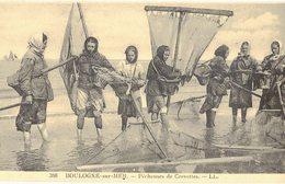 62 Boulogne Sur Mer Pecheuses De Crevettes Peche Pecheur à Pied Haveneau Pecheuse Crevette - Boulogne Sur Mer