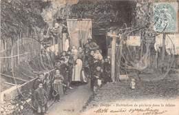 DIEPPE - Habitation De Pêcheur Dans La Falaise - Dieppe