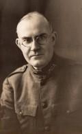 Portrait Homme En Uniforme YMCA WWI Ancienne Carte Photo 1914-1918 - War, Military