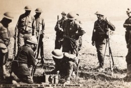 Soldats Americains A L'Entrainement Grenade A Fusil WWI Ancienne Photo 1914-1918 - War, Military