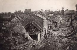 Somme Soldats Dans Les Ruines De Roye WWI Ancienne Photo 1914-1918 - War, Military
