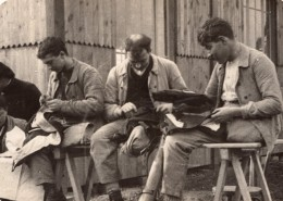 Travaux Des Mutiles Les Tailleurs Couturiers WWI Ancienne Photo 1914-1918 - War, Military