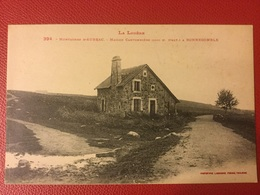 N 394 Montagnes D'aubrac  Maison Cantonnière à Bonnecomble - France