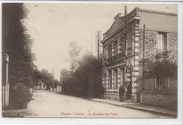 94 PLESSIS-TREVISE . Le Bureau De ¨Poste Animé , édit : Mary , écrite En 1908 , état Extra - France