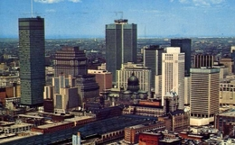 Montreal P.q. Canada - Formato Piccolo Viaggiata – E 8 - Postcards