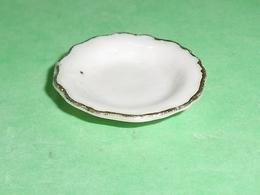 Fèves / Autres / Divers : Vaisselle , Assiette Creuse , Filet OR       T79 - Autres