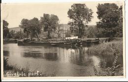 08. GIVET - Carte Photo - Le Port - Givet