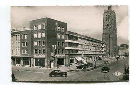 CPsm  59 : DUNKERQUE Place Jean Bart Et Beffroi A   VOIR !!! - Dunkerque
