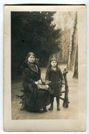 CPA Carte Photo - Femmes Avec Enfant (fourrure) - Femmes