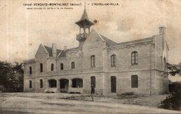VENDAYS MONTALIVET HOTEL DE VILLE - Other Municipalities