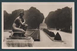 VERSAILLES - Le Parc - Vénus Pudique - Versailles (Château)