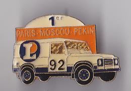 PIN'S THEME RALLYE AUTOMOBILE PARIS MOSCOU PEKIN  92  SPONSOR  LECLERC - Rallye
