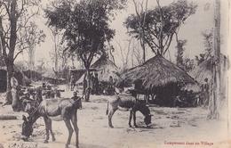CONGO  Campement Dans Un Village ( Plan Animé ) - Congo Francese - Altri