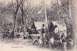 CONGO  Campement  En Foret ( Plan Animé ) - Congo Francese - Altri